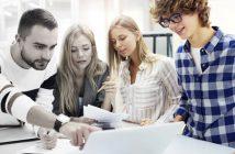 Bei Kaufleuten im E-Commerce wird Teamwork großgeschrieben.