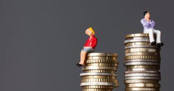 Frauen verdienen immer noch weniger als Männer